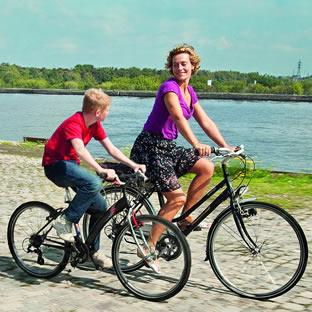The Kid with Bike